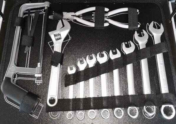 werkzeugkoffer 131-teilig, mit Chrom-Vanadium-Stahl. 4